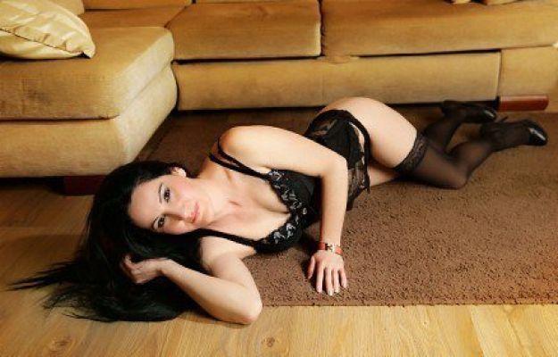 Снять проститутку в г. Рязани от 2000 руб. в час (Майя, тел. 8 900 901-12-66)